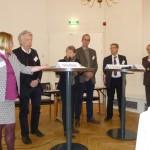 v.l.n.r.: Monika Tröster, DIE; Dr. Ernst Dieter Rossmann, SPD; Andrea Hoffmeier, KEB; Dr. Ulrich Raiser, Berliner Senat; MR Peter Munk, BMBF; Prof. Dr. Josef Schrader, DIE